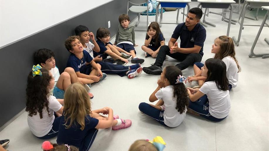 O Grupo Pequeno Irmãos de Maria é destinado aos estudantes dos Anos Iniciais