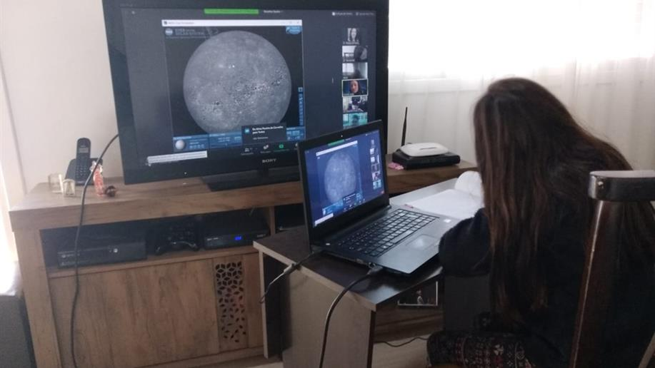 As atividades on-line em nosso Colégio vão além das aulas